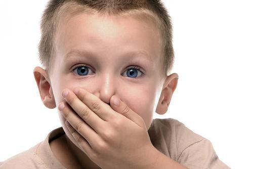 Действенные заговоры и молитвы от заикания ребенка