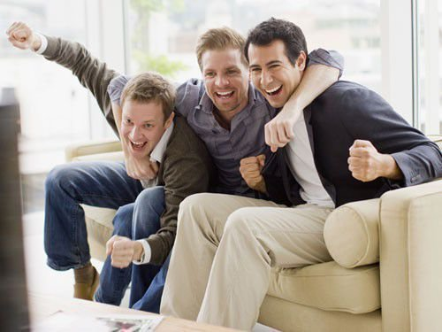 Как избавиться от друзей мужа