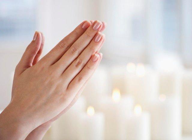Молитва на возврат любимого читать