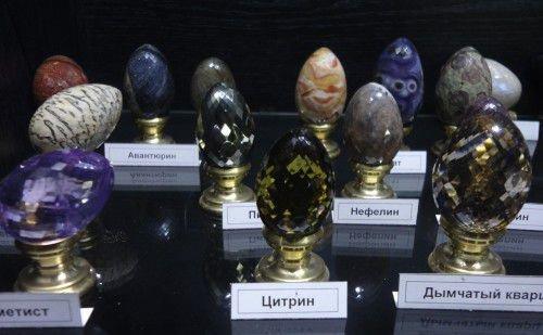 Во время великого церковного праздника можно освятить каменные крашенки