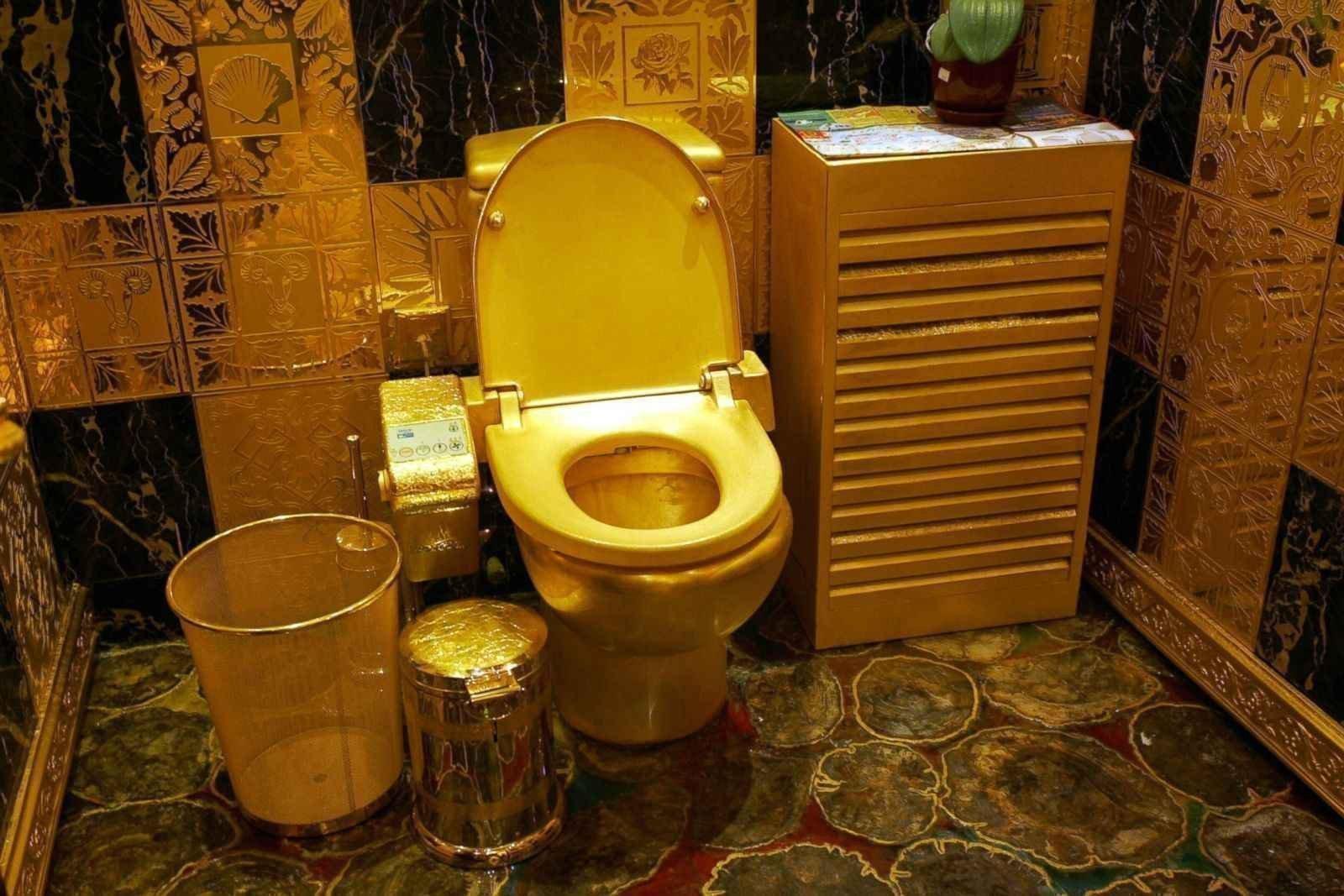 Фото в туалете фото 21 фотография