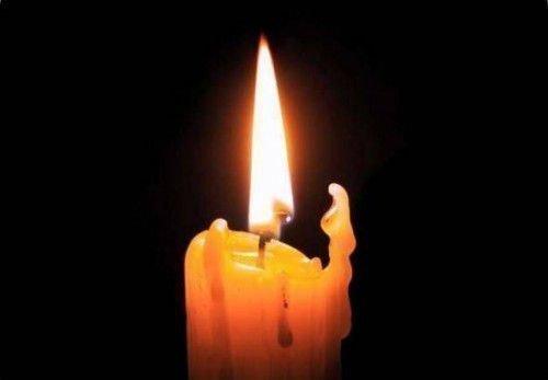 Воск с горящей свечи