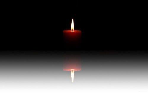 свеча горит