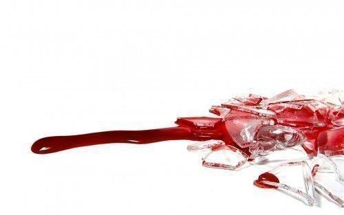 Порча на месячную кровь: особенности проведения ритуала