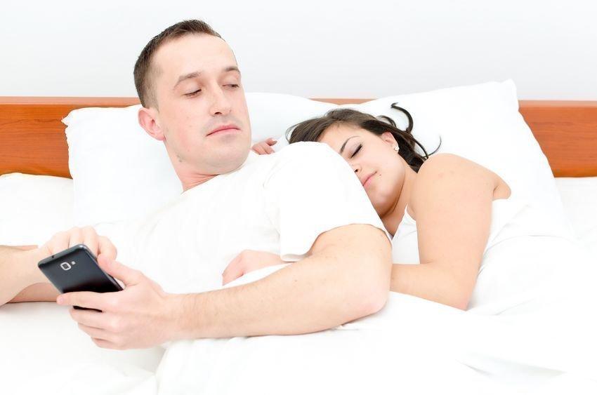 жена неосознано изменяет мужу