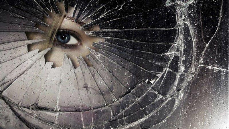 Ритуал с разбитым зеркалом