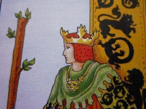 Какие значения имеет король жезлов в таро