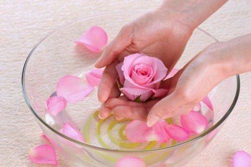 Заговор на розовой воде