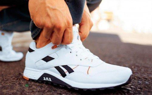 Надо внимательно следить за своей обувью