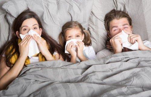 Если получилось так, что невезения и болезни преследуют сразу всю семью, то, скорее всего, сглаз или порча наведены на ваш дом.