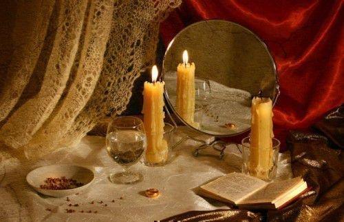 зеркало и свечи