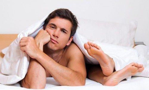 в постели