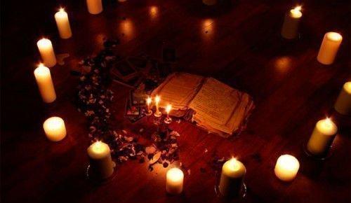 Зажженые свечи
