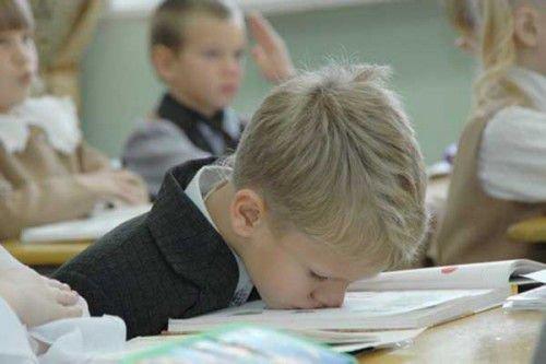 Учеба в школе-тяжелый труд