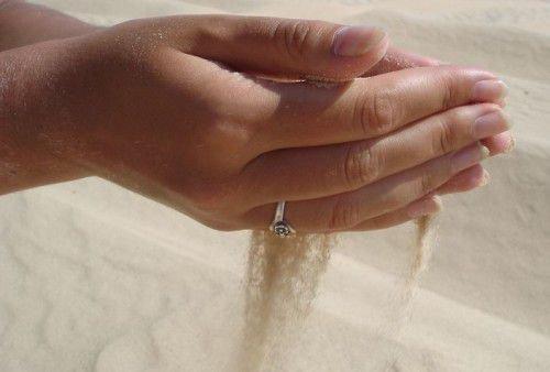 Горсть песка