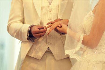 Девушки часто мечтают о замужестве